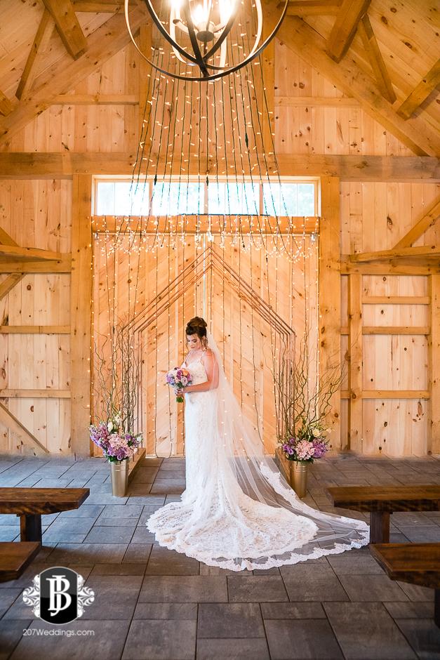 barn-at-the-kennebunks-wedding-photographers-maine25.jpg