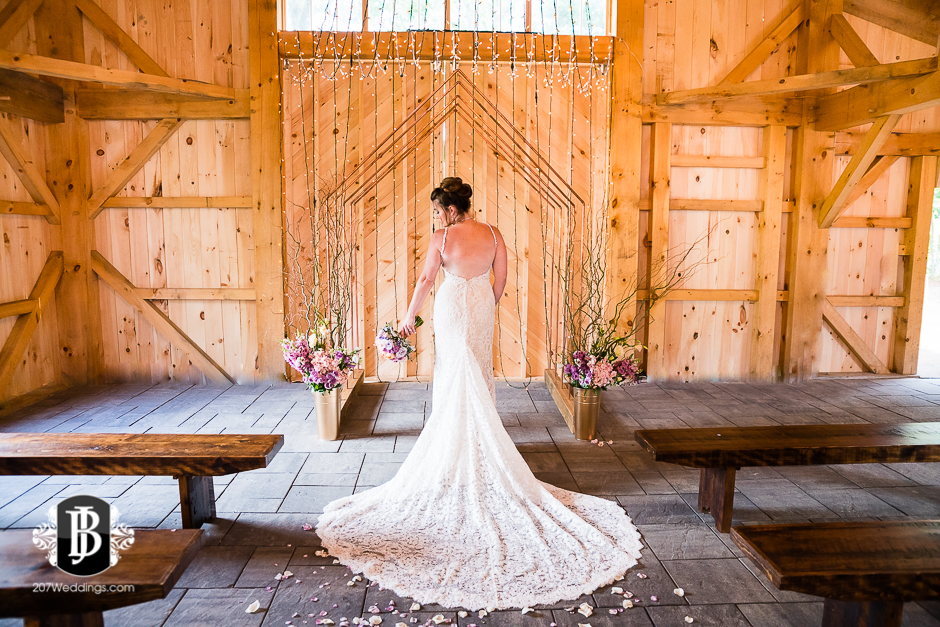 barn-at-the-kennebunks-wedding-photographers-maine39.jpg