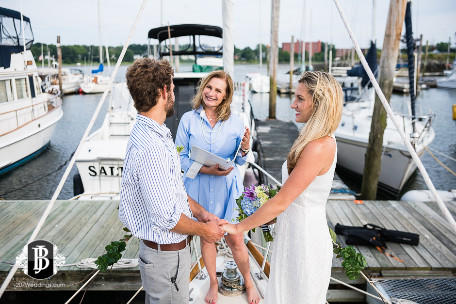 portland-maine-elopement-photographers-portland-calendar-island-sailing-co-4.jpg