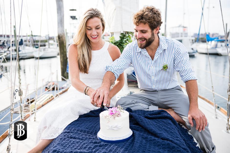 portland-maine-elopement-photographers-portland-calendar-island-sailing-co-6.jpg