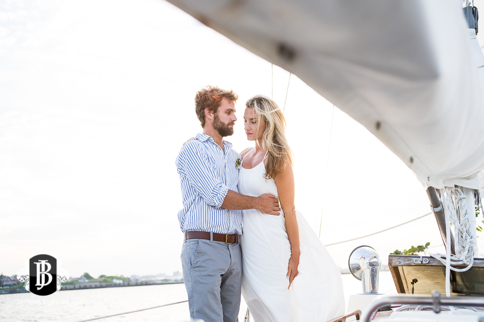 portland-maine-elopement-photographers-portland-calendar-island-sailing-co-12.jpg