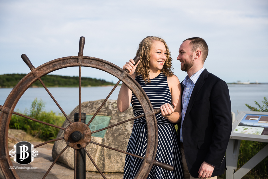 proposal-photographers-in-maine-ben-mary-kennebunk-3.jpg