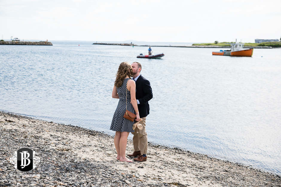 ben-mary-proposal-photographers-kennebunk-maine-2.jpg