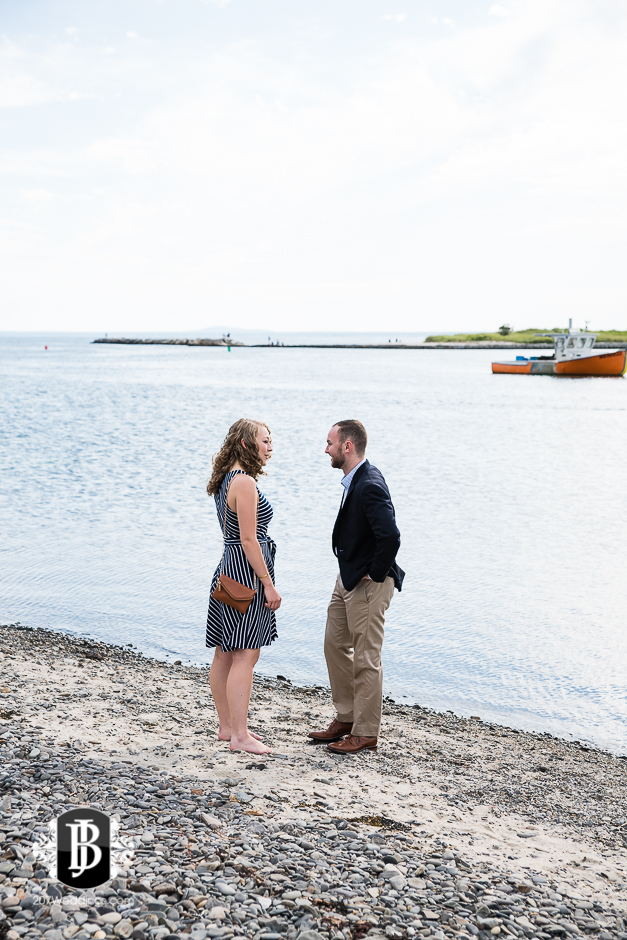 ben-mary-proposal-photographers-kennebunk-maine-3.jpg