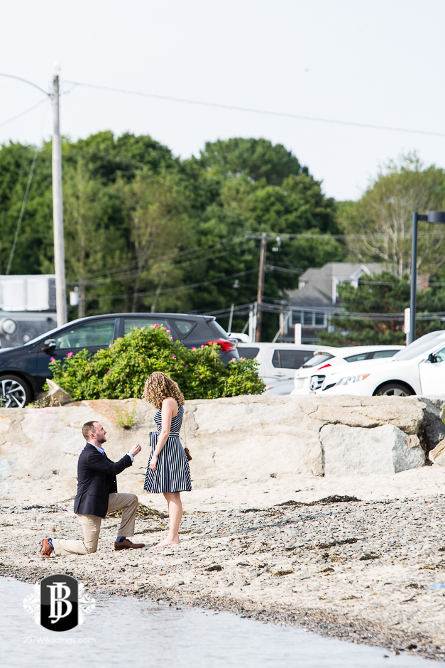 ben-mary-proposal-photographers-kennebunk-maine-4.jpg