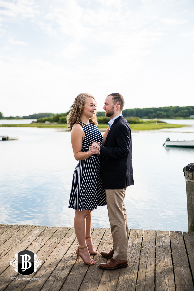 ben-mary-proposal-photographers-kennebunk-maine-31.jpg