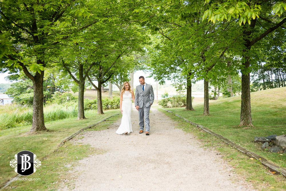 chesea-derek-southern-maine-wedding-photographers-18.jpg
