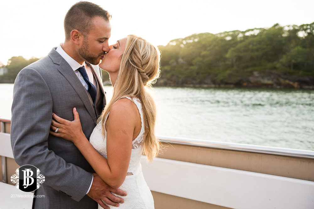 chesea-derek-southern-maine-wedding-photographers-27.jpg