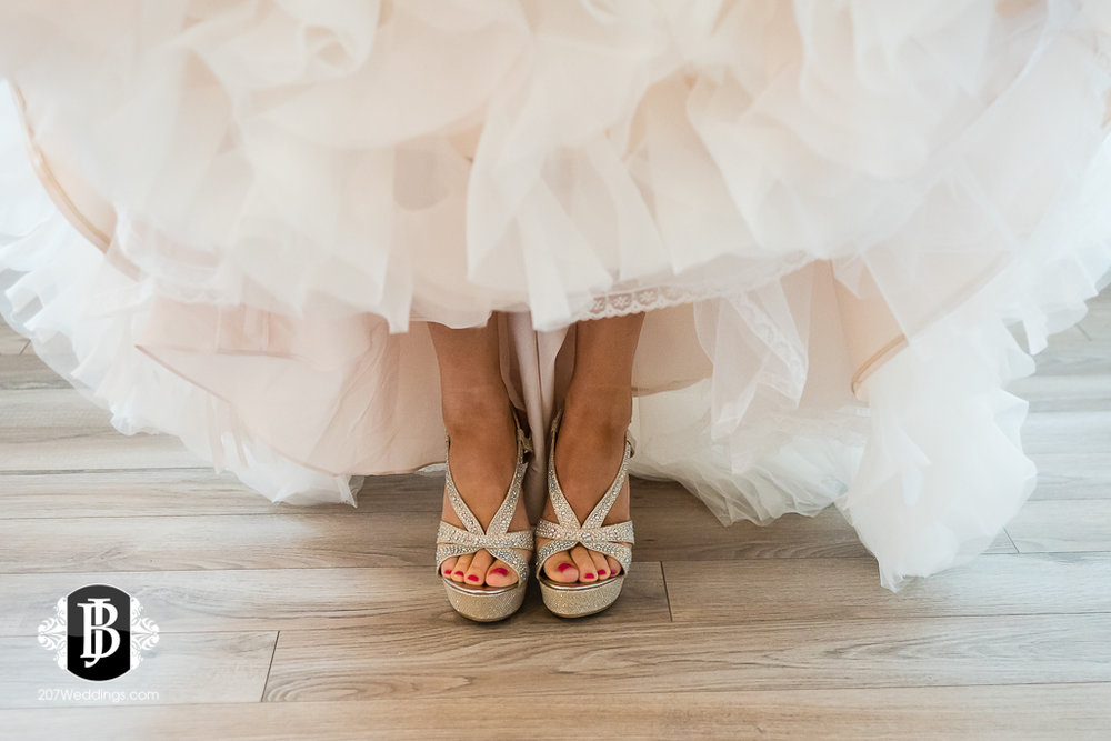 alise-nate-york-maine-wedding-photographer-2.jpg