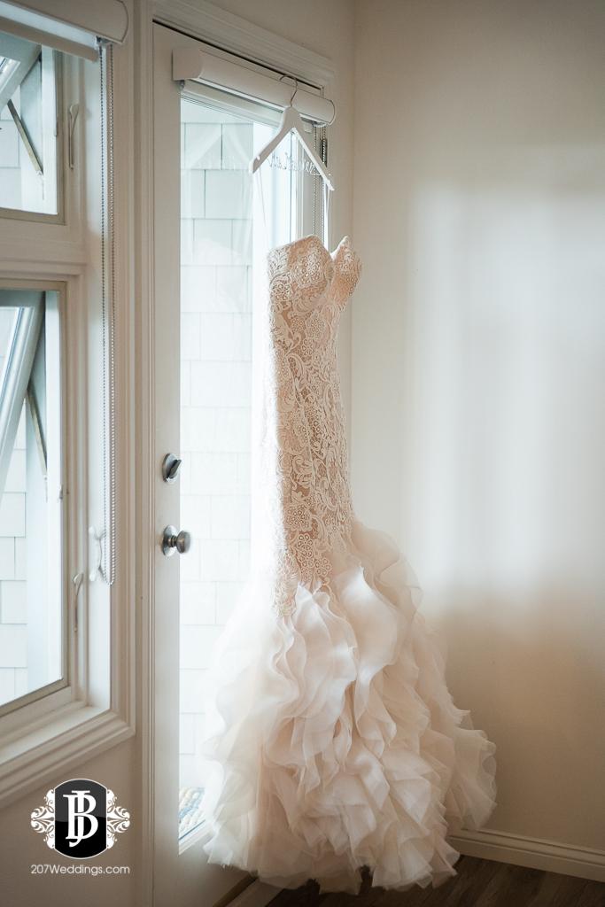 alise-nate-york-maine-wedding-photographer-1.jpg