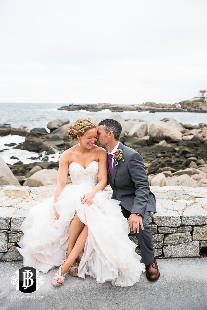 alise-nate-york-maine-wedding-photographer-6.jpg