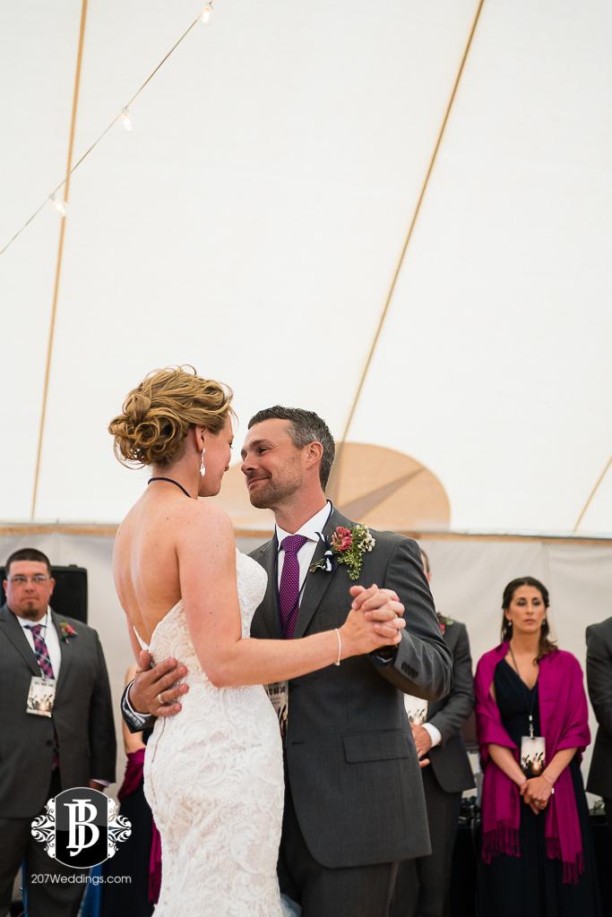 alise-nate-york-maine-wedding-photographer-18.jpg