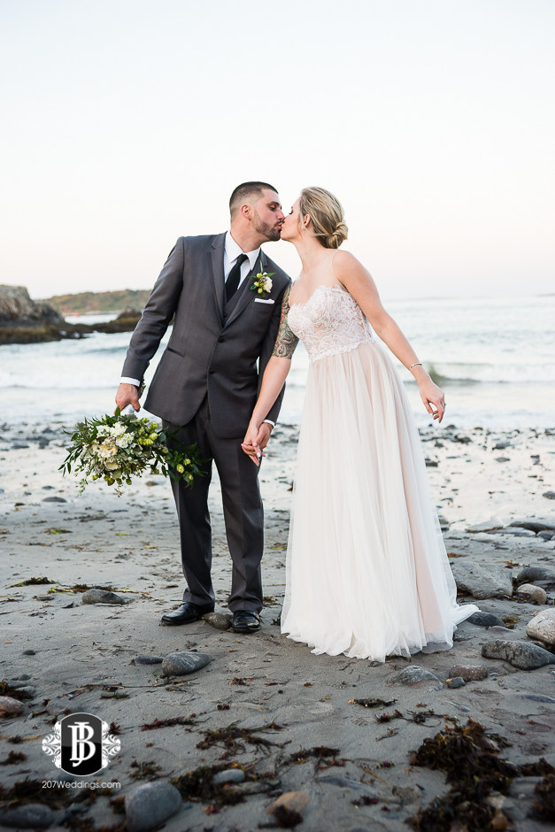 ben-danielle-cape-elizabeth-wedding-photographer-ft-williams-9.jpg