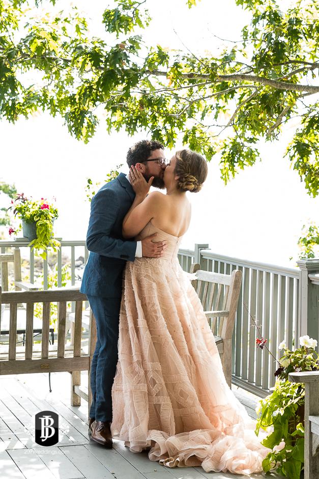 cape-elizabeth-wedding-photographer-wentworth-lodge-2.jpg