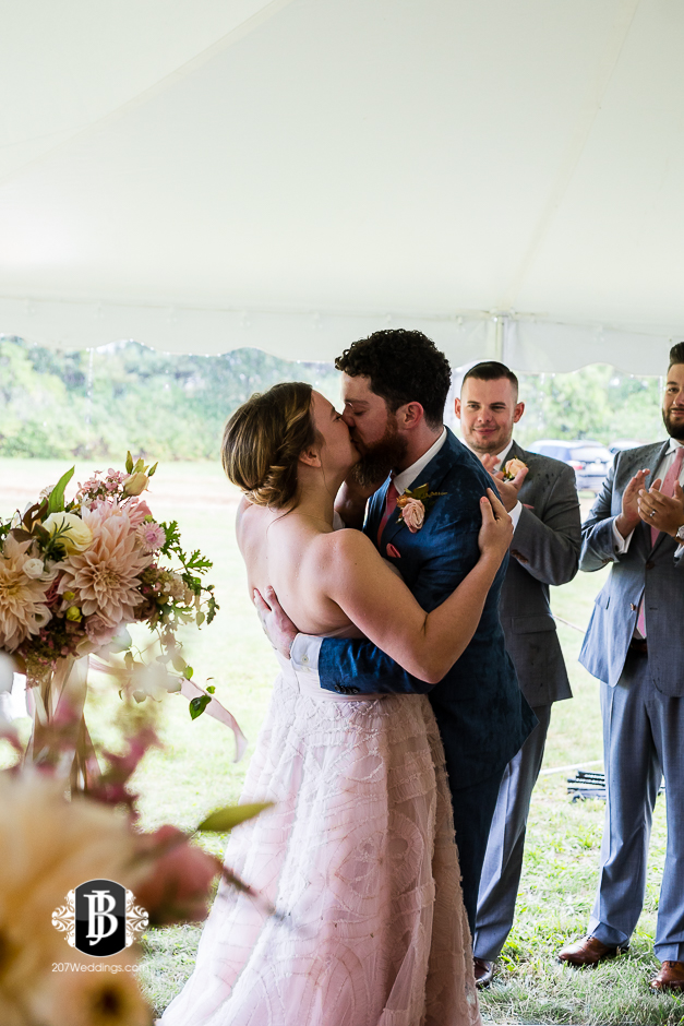 cape-elizabeth-wedding-photographer-wentworth-lodge-11.jpg