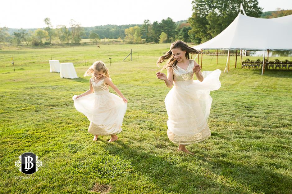 wedding-photographers-near-saco-maine-river-winds-farm-11.jpg