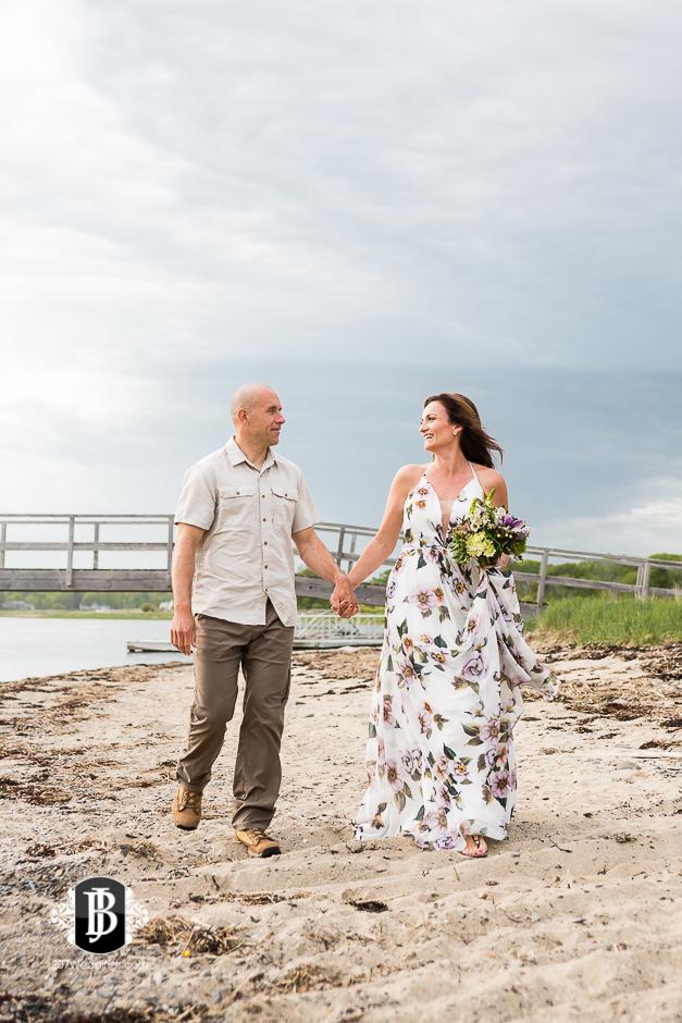 wedding-photographers-near-scarborough-maine-lavonne-justin-2.jpg