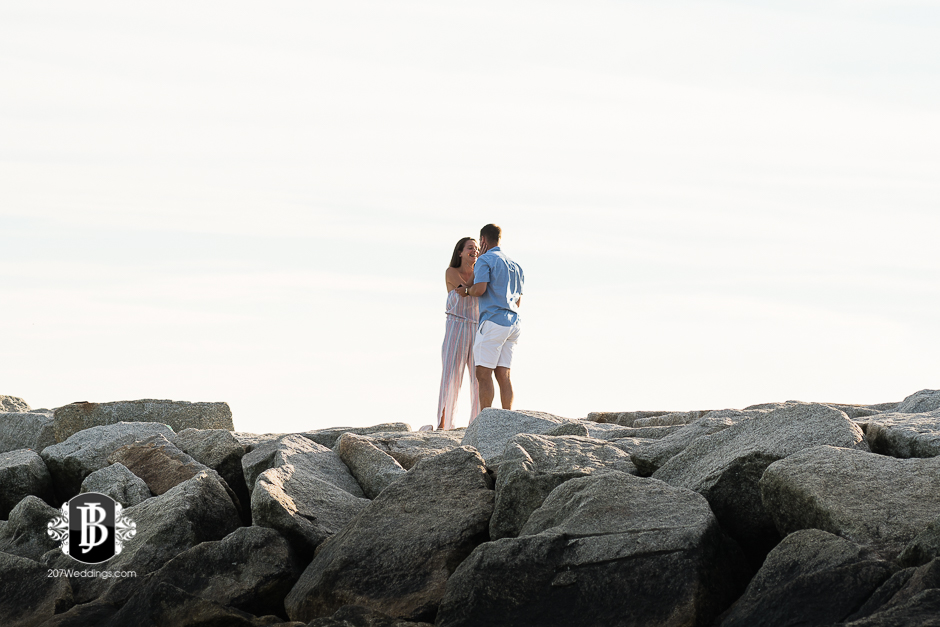 marriage-proposal-photographers-near-kennebunkport-maine-mike-connie-3.jpg