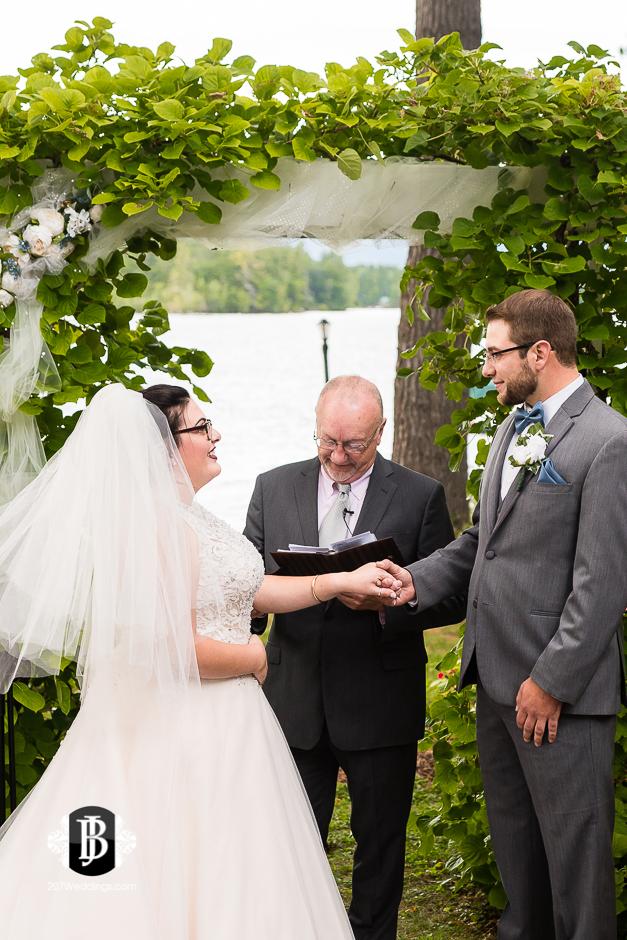 jill-alex-wedding-photographers-near-fryeburg-maine-5.jpg