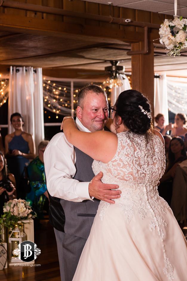 jill-alex-wedding-photographers-near-fryeburg-maine-14.jpg