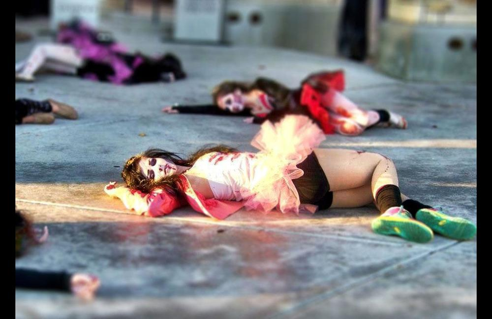 lrg_zombie2012_8.jpg