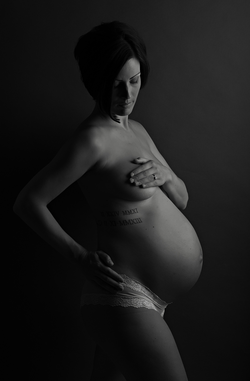Tacoma Studio Maternity (4 of 10).JPG