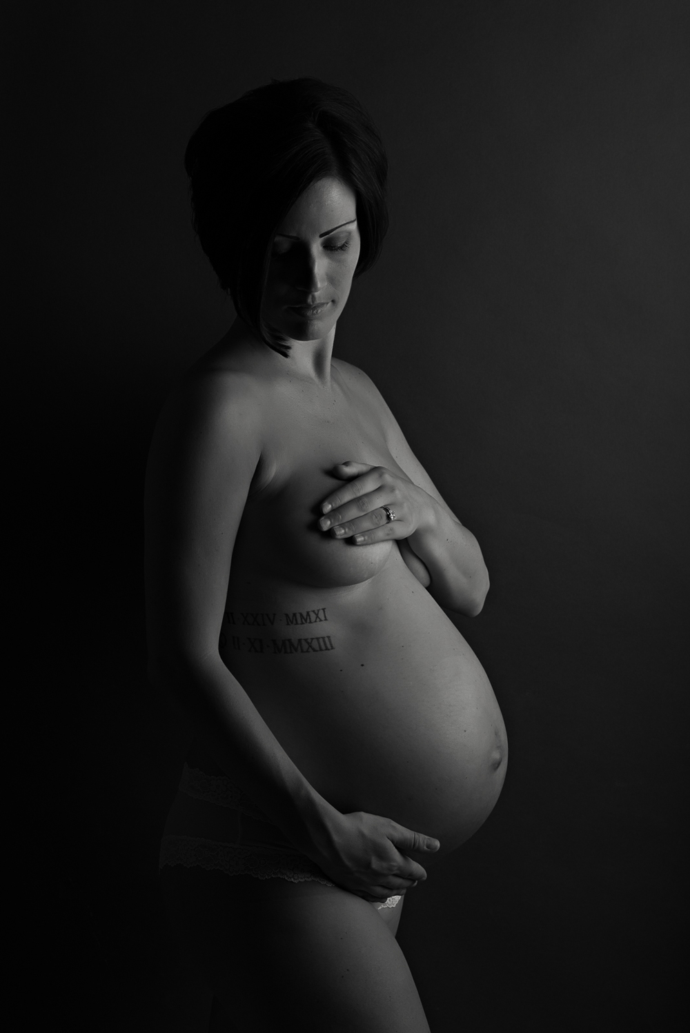 Tacoma Studio Maternity (5 of 10).JPG
