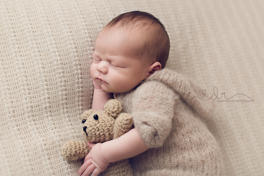 tacoma newborn photographer -9.png