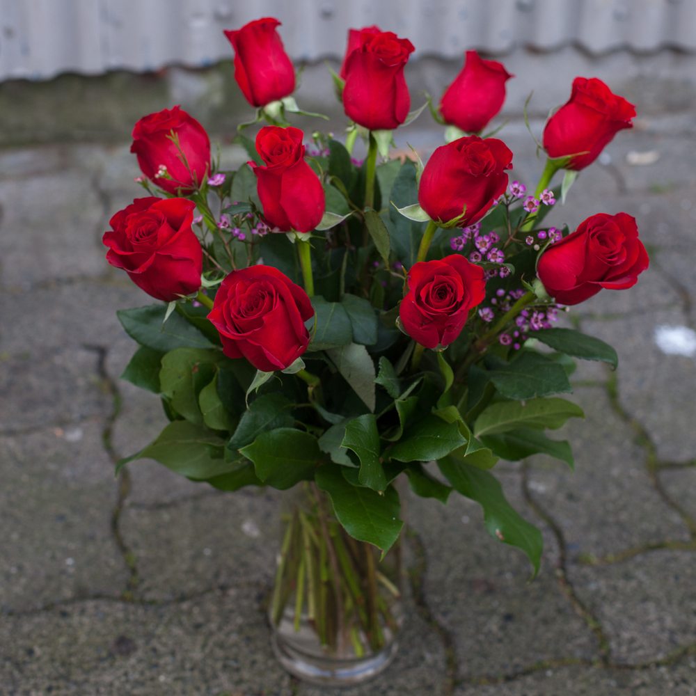 short stem red roses