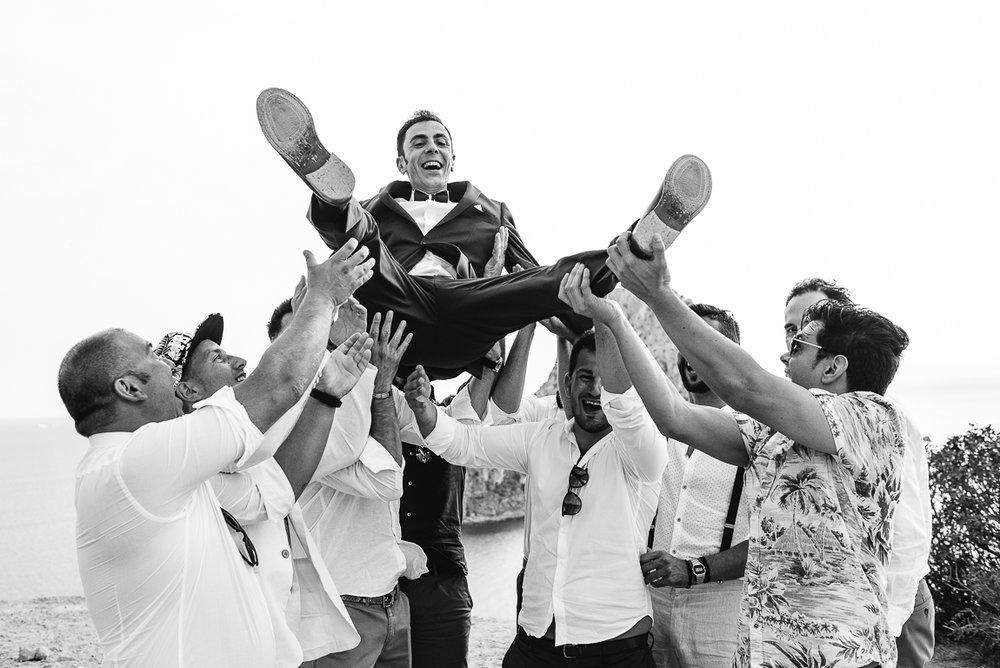jump groom
