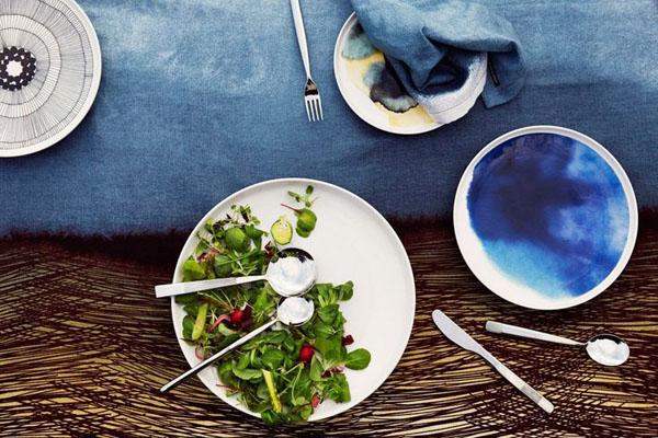 Marimekko_Oiva_tableware.jpg