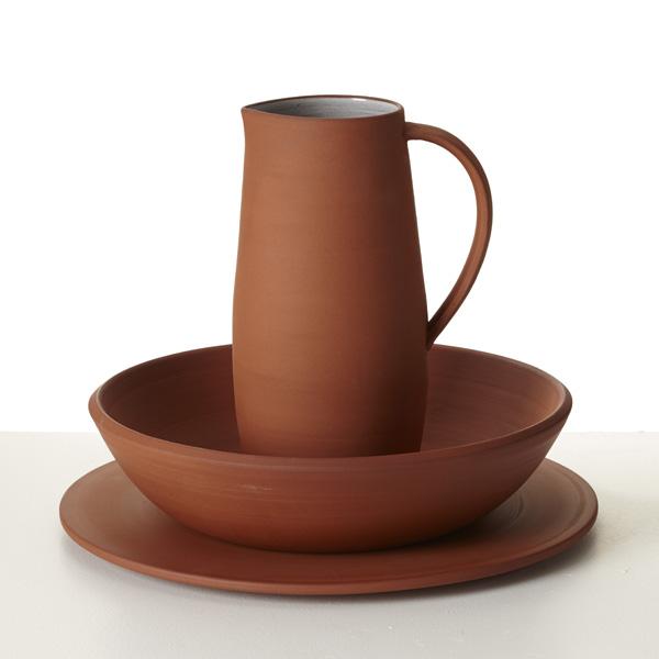 Terracotta_platter_bowl_pitcher_Reiko_Kaneko_SCP_Design_Hunter.jpg