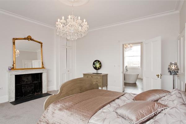 lansdown_house_cheltenham_bedroom.jpg