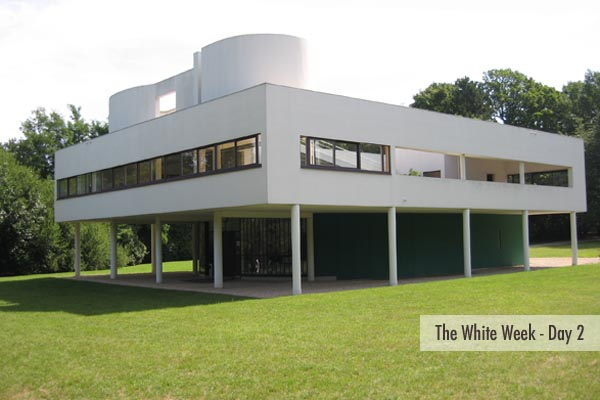 Vila_Savoye_Le_Corbusier_Design_Hunter_TWW_edited-1.jpg