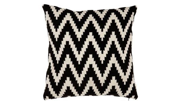 6 graphic monochrome cushions — Design Hunter