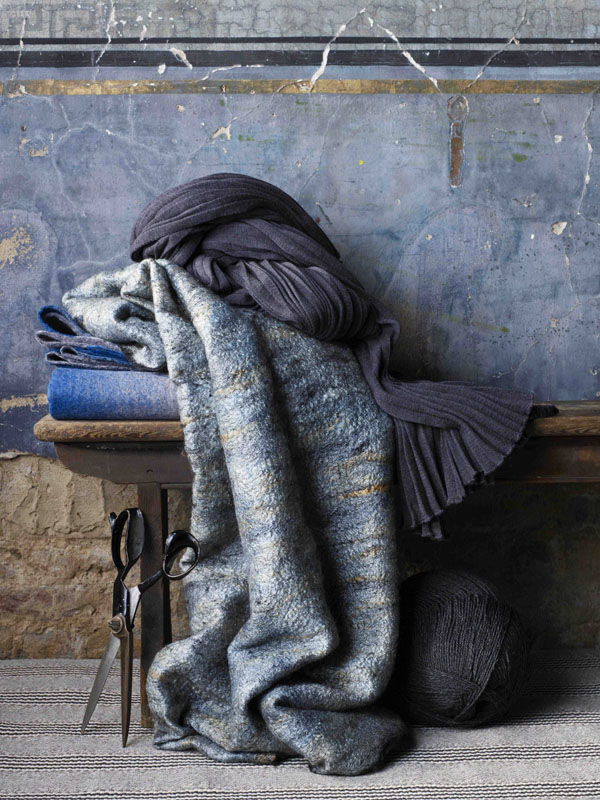 Wool_House_Somerset_House_Design_Hunter_blue.jpg