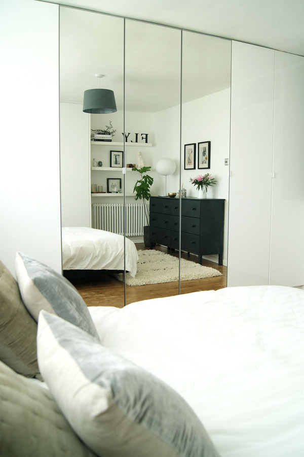 Bedroom_reflection_Design_Hunter_3.jpg