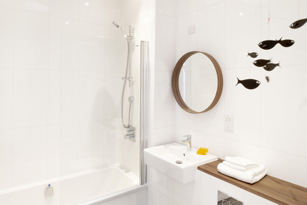 seven_acres_bathroom_savills_on_design_hunter.jpg