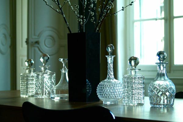 Rue_Victor_Hugo_glass_decanters_Design_Hunter.jpg