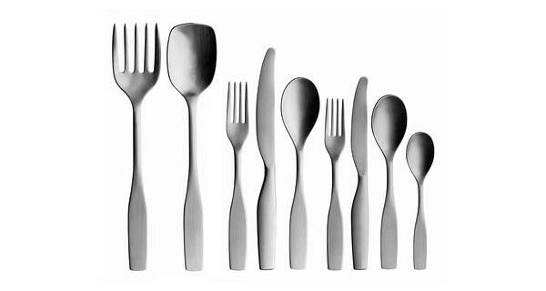 Citterio_98_cutlery_set_by_iittala_on_Design_Hunter.jpg