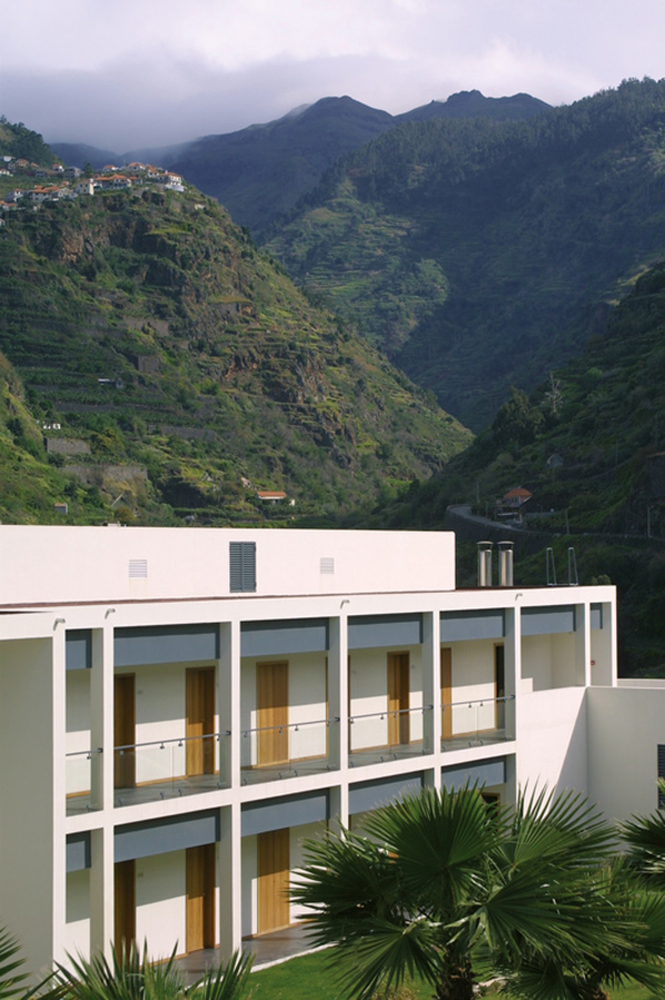 Estalagem_do_Ponta_Madeira_Design_Hunter_2.jpg
