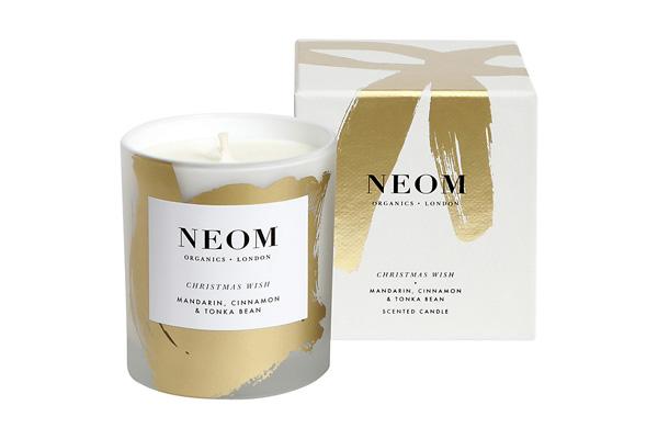Neom_Organics_Christmas_scented_candles.jpg