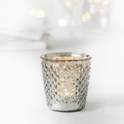 Pinecone tealight holder - £6