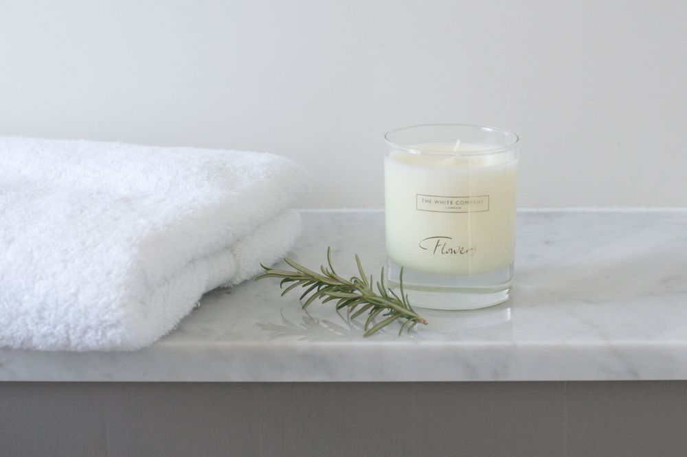 The White Company Flowers scented candle | Design Hunter