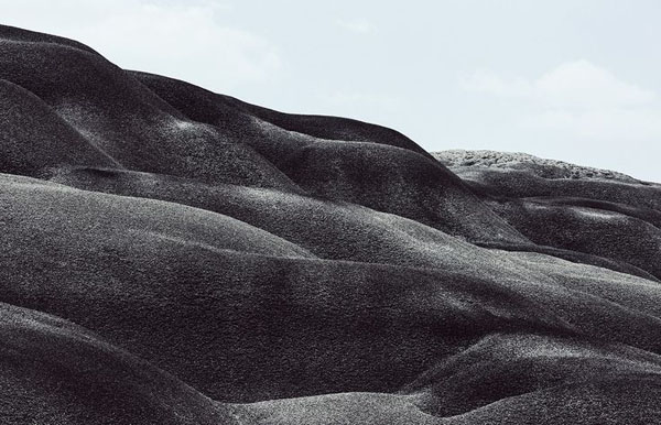 Ouur lookbook SS15 New Mexico Georgia O' Keefe landscape | Design Hunter