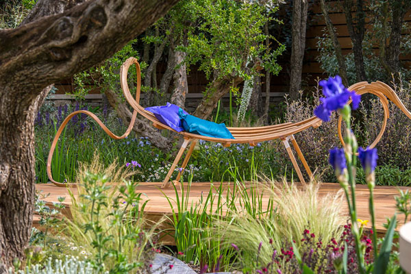 Tom Raffield bench in Royal Bank of Canada garden at RHS Chelsea 2015 | Design Hunter