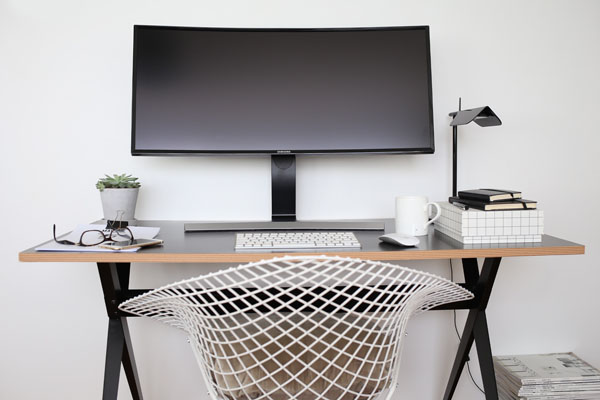 Samsung Curved LED monitor | Design Hunter