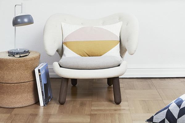 Oyoy cushion