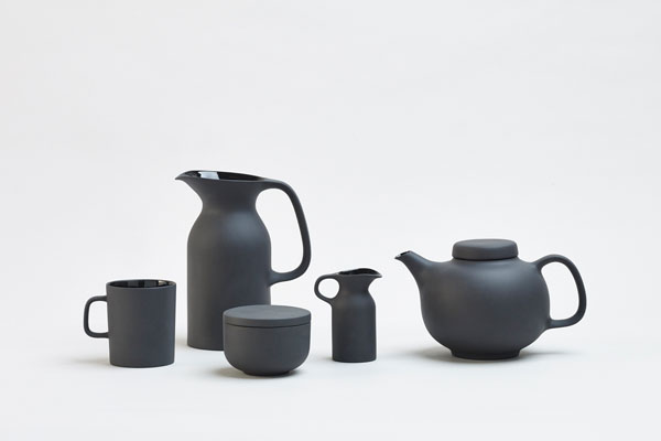 Olio tableware collection by Barber and Osgerby for Royal Doulton