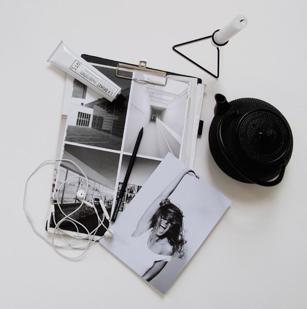 Black cast iron teapot S2 20 | Design Hunter